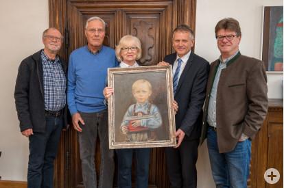 Otto Schöllhorn, Leiter des Galeriekreises Leutkirch, Gerhard Schmidt, Sigrid Schmidt, OB Hans-Jörg Henle und Reiner Fritz (von links).