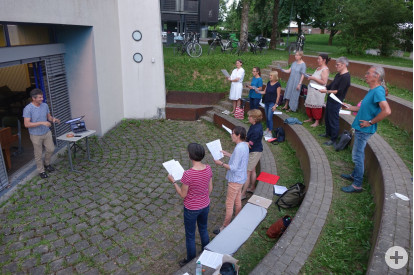 Probe des Kammerchors Cantabile ( Foto: Karl-Heinz Schweigert)